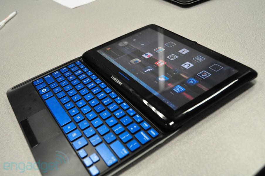 Photos du Samsung Sliding PC 7 Series