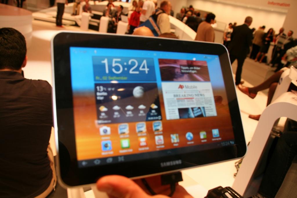Samsung Galaxy Tab 8.9 : Démonstration vidéo au salon de l'IFA 2011 1
