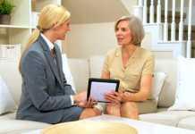 La tablette tactile s'adapte plutôt bien aux personnes âgées, même les moins technophiles 1