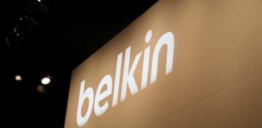 Accessoires tablettes tactiles : Belkin propose un porte-tablette et un socle pour la cuisine