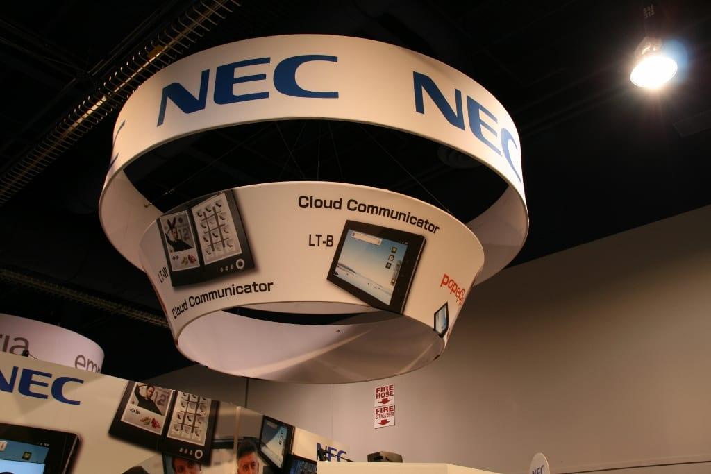 CES 2012 : Tablette NEC LifeTouch W dual screen