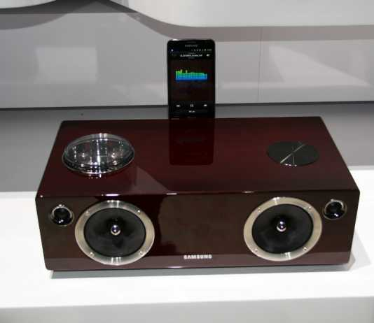 CES 2012 : l'Audio Dock Samsung DA-E750 4
