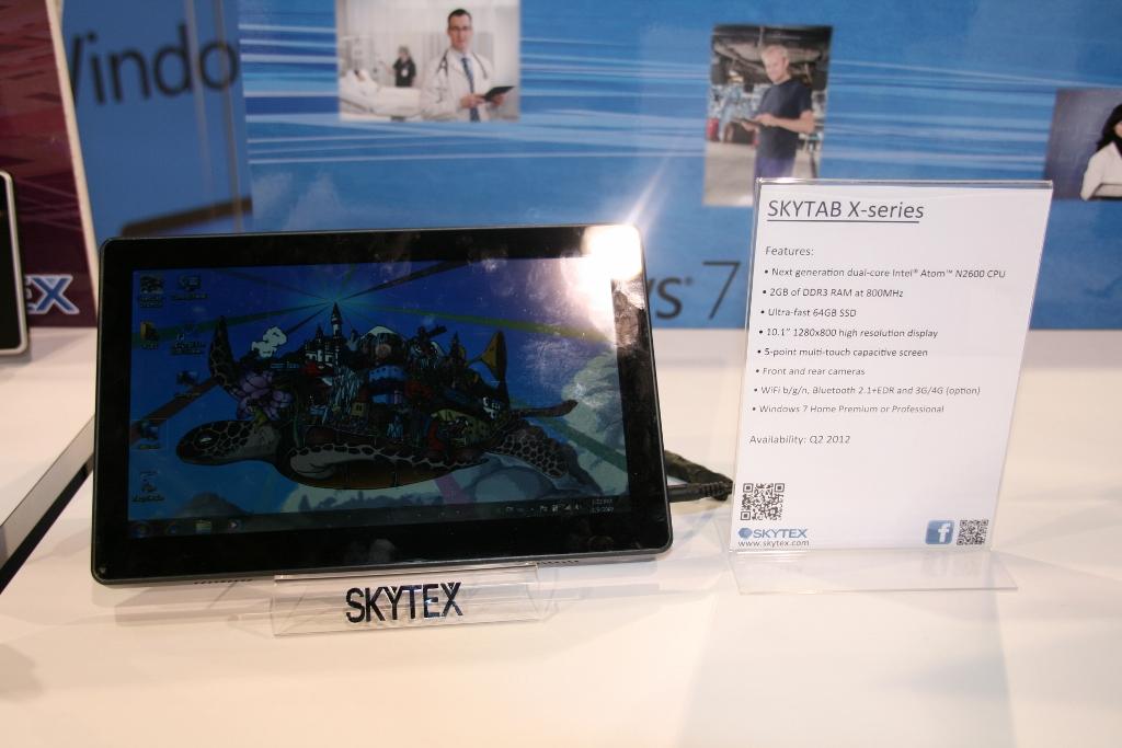 CES 2012 : Tablette Skytex SkyTab X series sous Windows 8