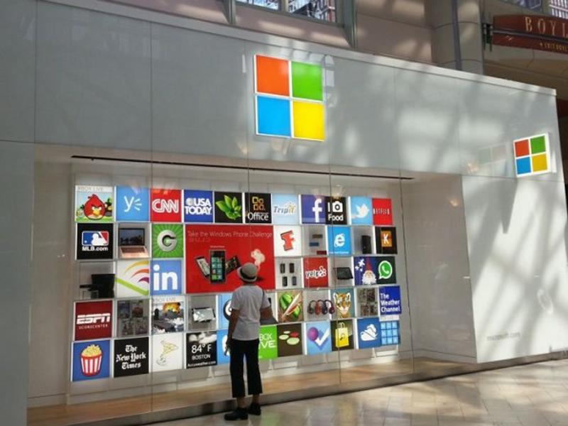 Microsoft envisage l'ouverture de boutiques en Europe