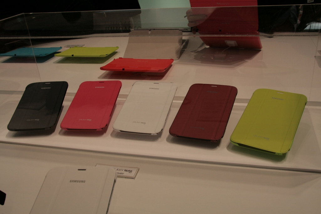 [MWC 2013] Une petit tour du côté des accessoires Samsung pour tablettes et smartphones