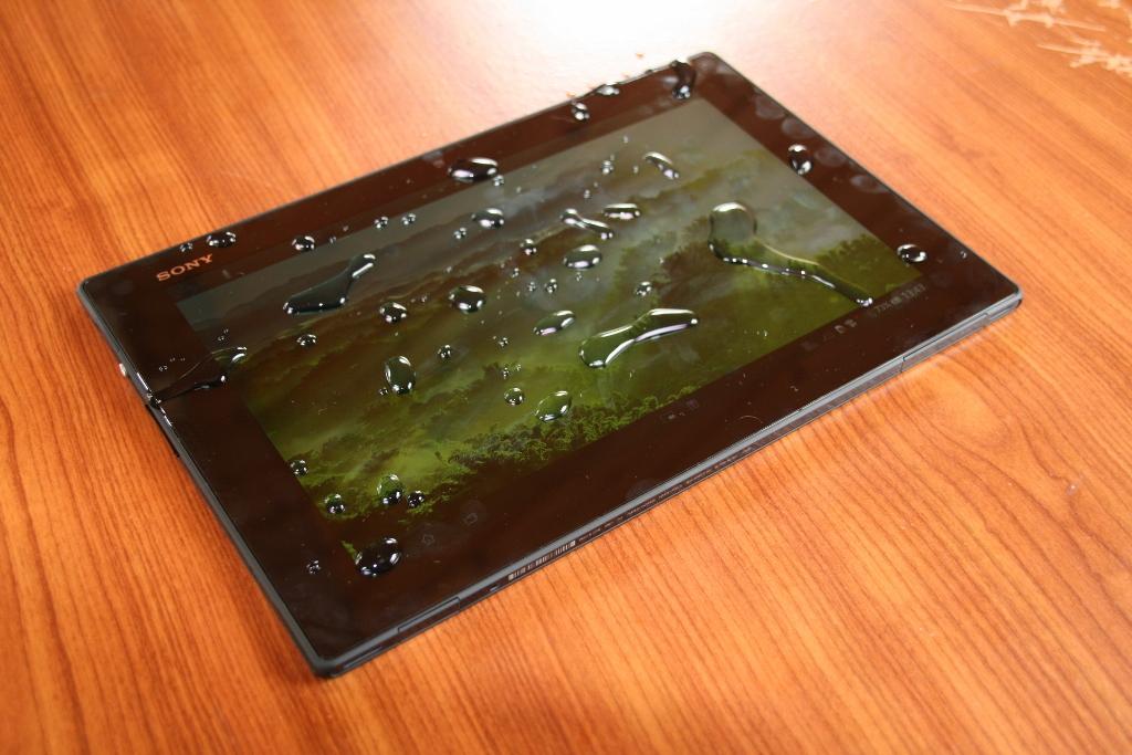 test tablette sony xperia tablet z. Black Bedroom Furniture Sets. Home Design Ideas