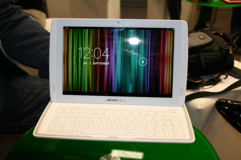 IFA 2013 : Archos fait son grand retour à Berlin, prise en main de la tablette Android Archos 101 XS 2