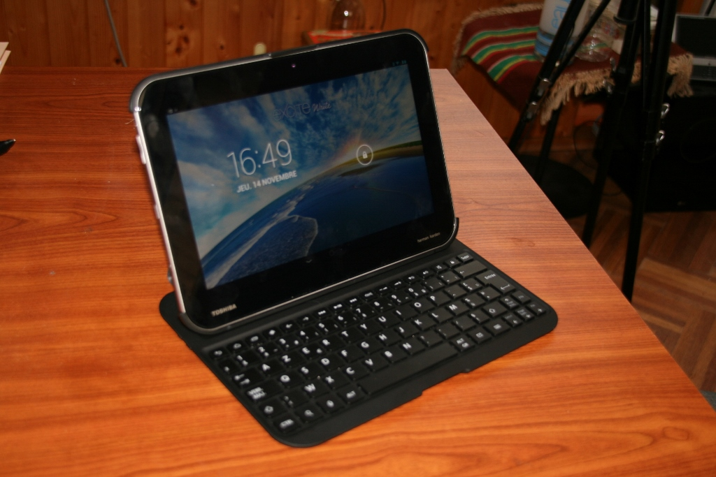 toshiba excite write The toshiba excite write tablet has the galaxy note 101 in its sights software and stylus.