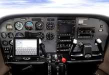 [Insolite] Le co-pilote joue sur sa tablette iPad, l'avion chute de 5000 pieds ! 1