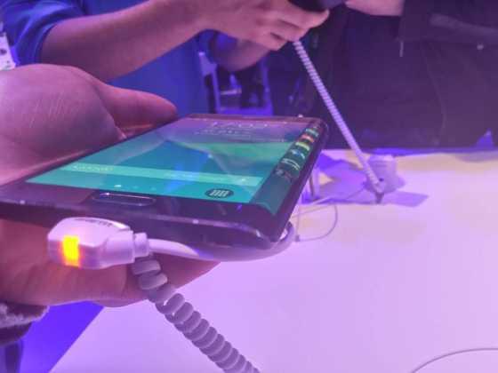 Prise en main du Samsung Galaxy Note Edge 15