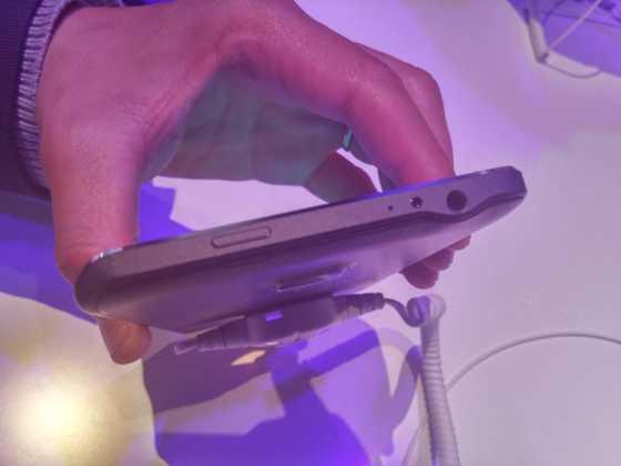 Prise en main du Samsung Galaxy Note Edge 8