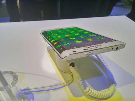 Prise en main du Samsung Galaxy Note Edge 7