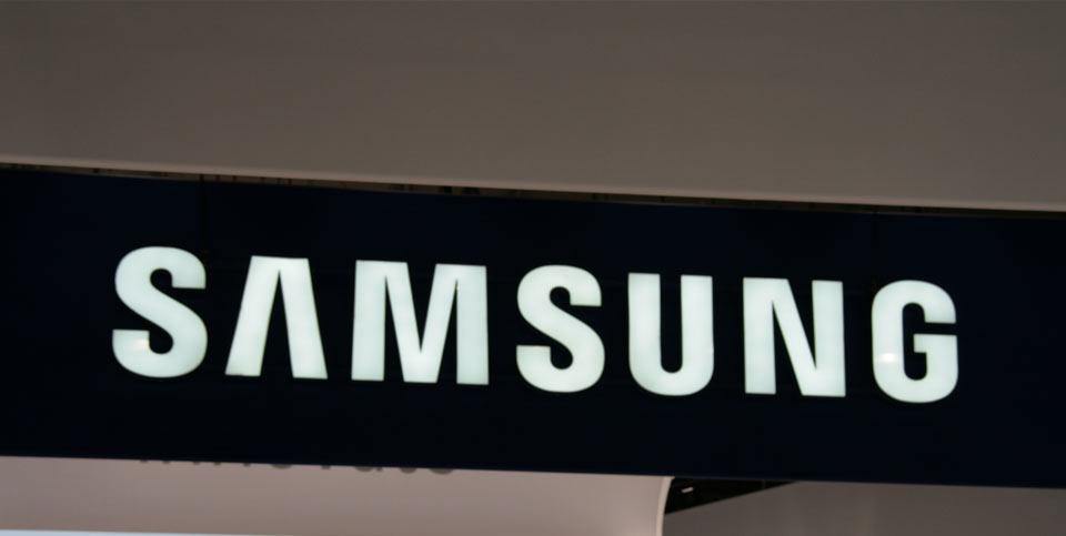 Samsung Galaxy S6 : les premières rumeurs circulent sur le web