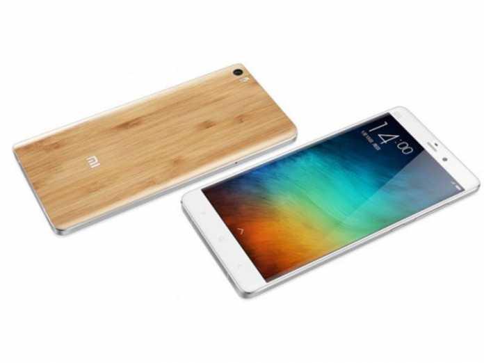 Une Xiaomi Mi Note avec coque en bambou en version limitée 2