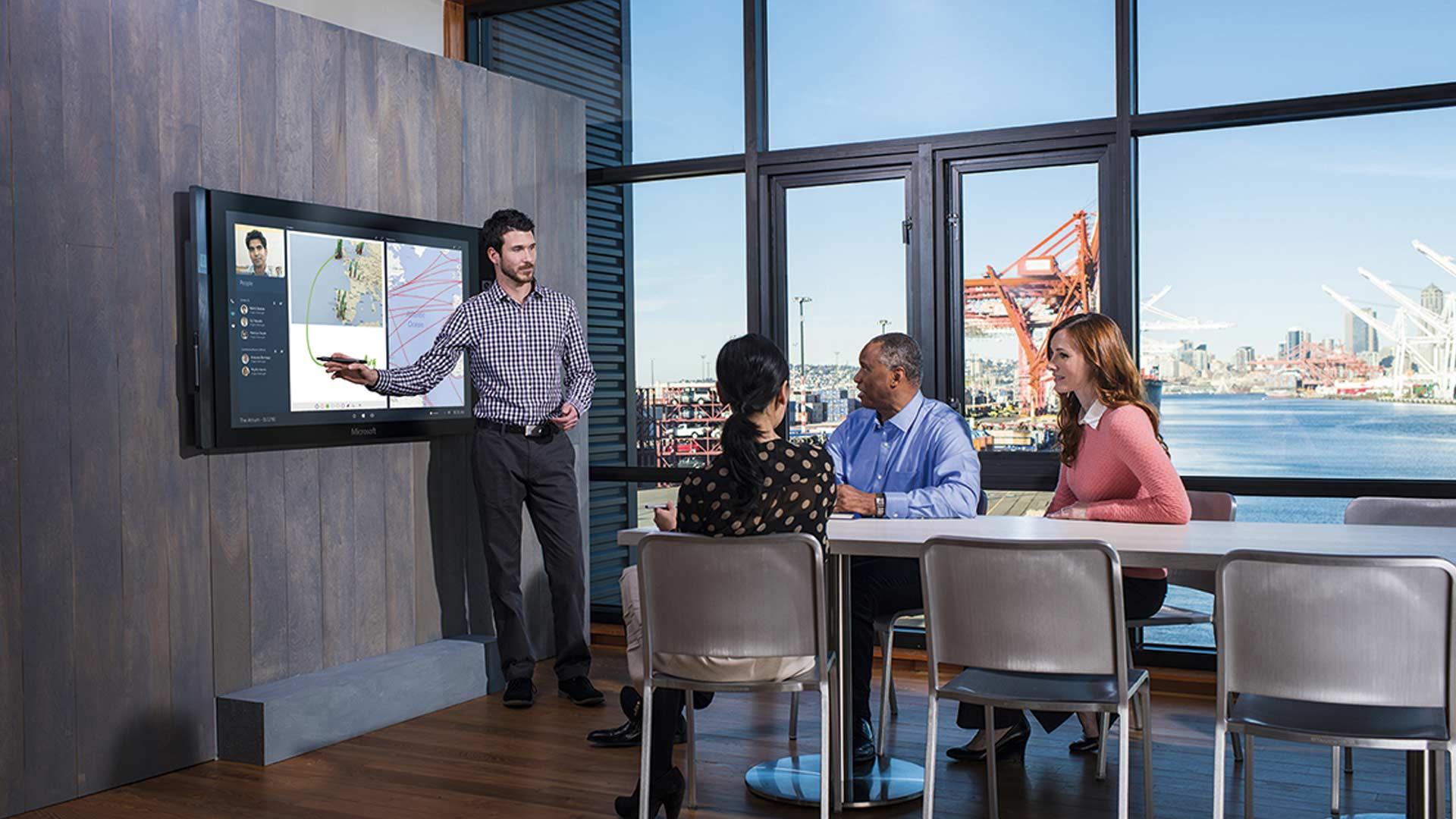 Microsoft présente une nouvelle vidéo de sa tablette géante, la Surface Hub