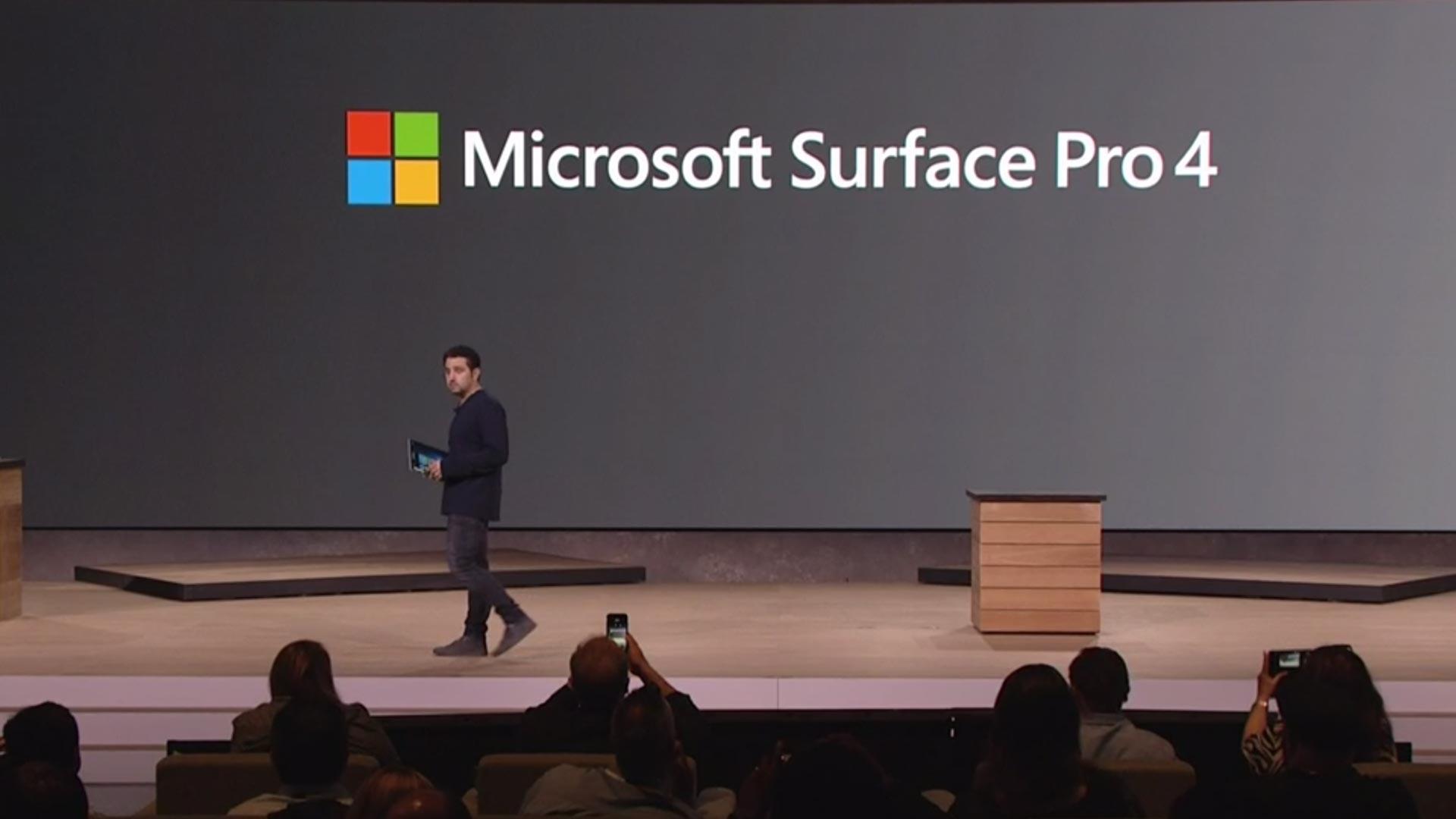 Microsoft présente sa tablette Surface Pro 4