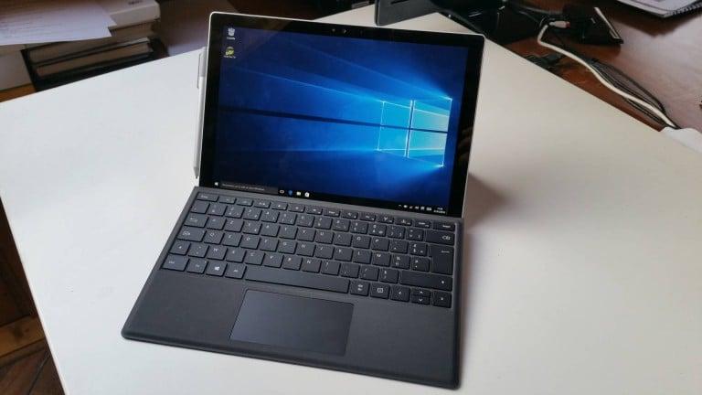 Surface Pro 4  : la déclinaison 1 To et les câbles qui surchauffent pour les anciennes versions