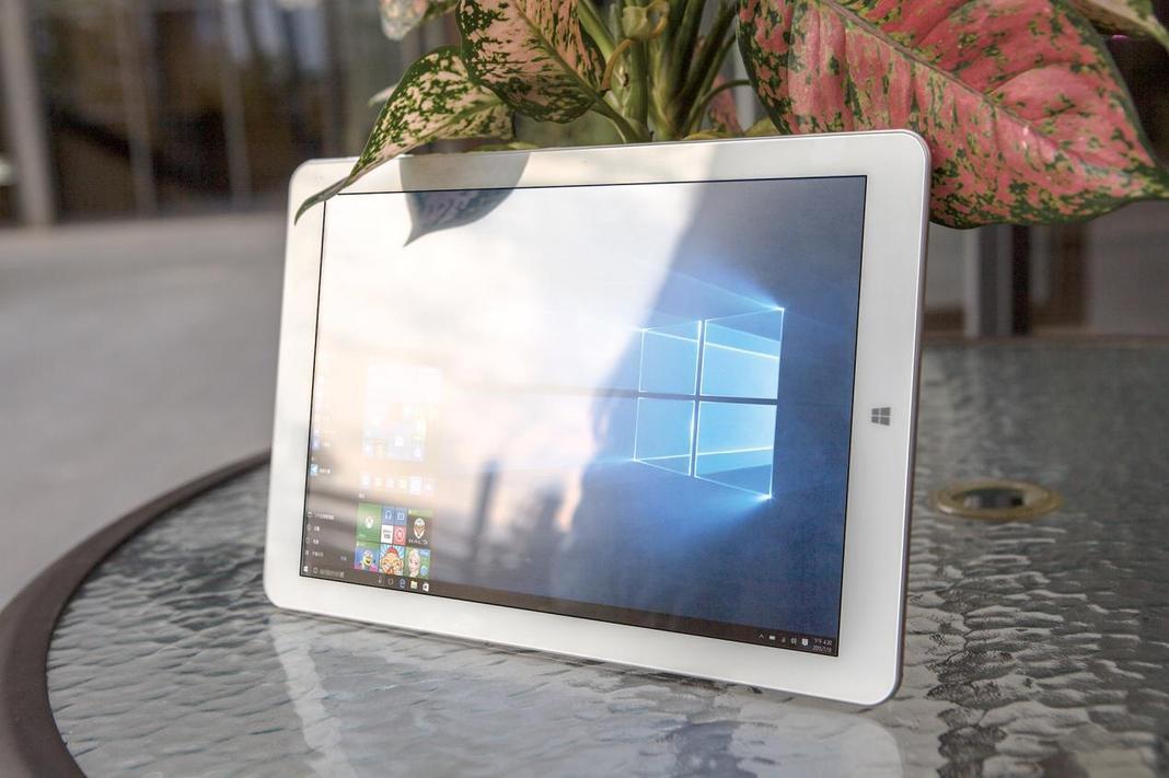 la chuwi hi12 une tablette qui a tout d 39 une grande pour un prix mini. Black Bedroom Furniture Sets. Home Design Ideas